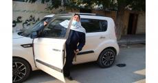 نائلة أبو جبة  أول سائقة تكسي في قطاع غزة-فلسطين
