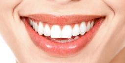 وصفة منزلية لتبييض الأسنان