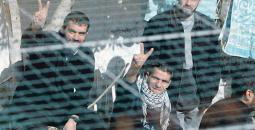 الاحتلال يُعطل أجهزة التشويش في سجن