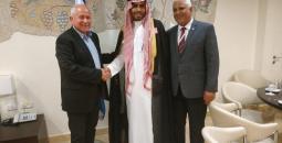 مواطن سعودي يزور تل ابيب
