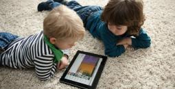 121-122301-dangers-children-tablet-computer-overcome-2.jpeg