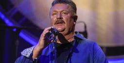 virus_outbreak-joe_diffie_82387.jpg