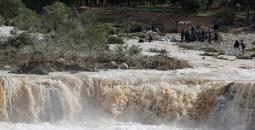 فيضانات.jpg