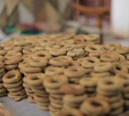 الكعك... لمة رمضانية وفرحة عيد
