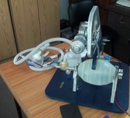 غزة تصنع أول جهاز تنفس صناعي فلسطيني