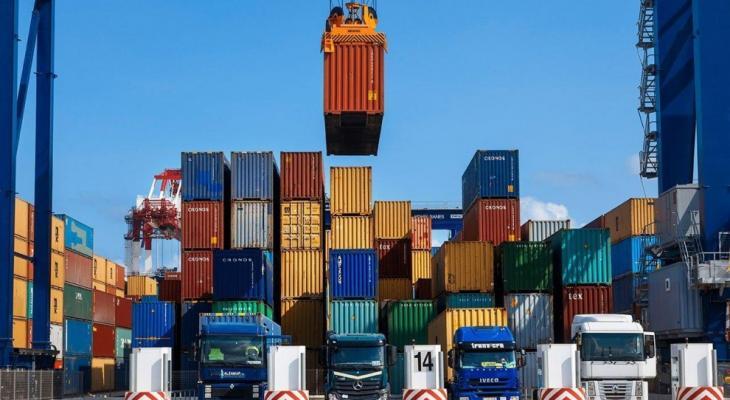 ارتفاع-صادرات-الصين-990x660.jpg