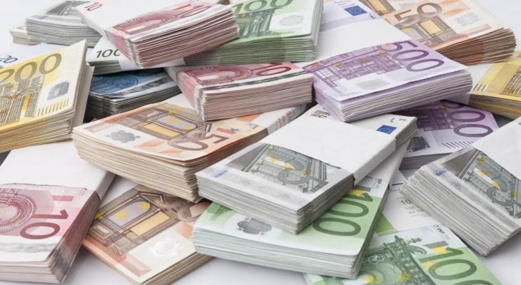 سعر-اليورو-في-السوق-السوداء-اليوم-مصر-مقابل-الجنية-المصري.jpg