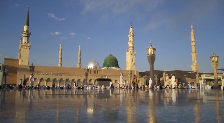 المسجد النبوي.jpg