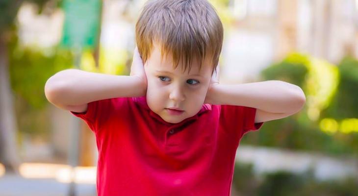 ضغوط يواجهها طفلك تصيبه بالتوتر