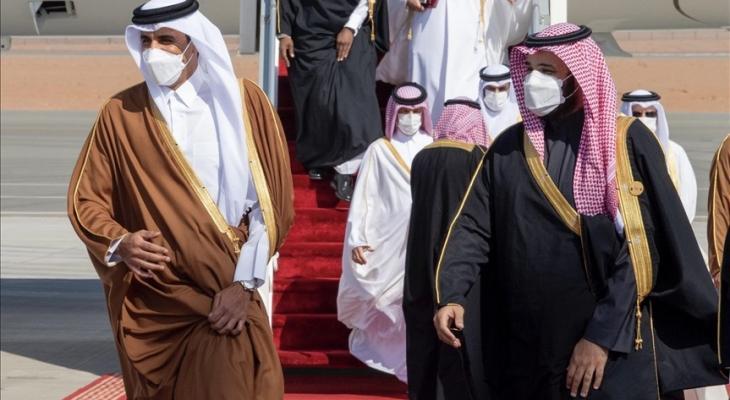أمير قطر وولي العهد السعودي.jpg