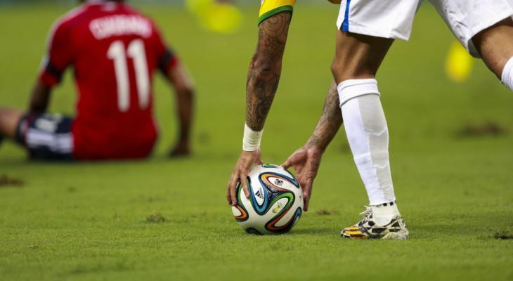قوانين-كرة-القدم.jpg