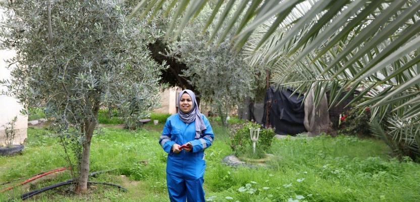 فتاة فلسطينية تحترف مهنة
