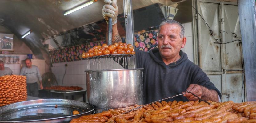 أجواء رمضان في أول أيامه بمدينة نابلس